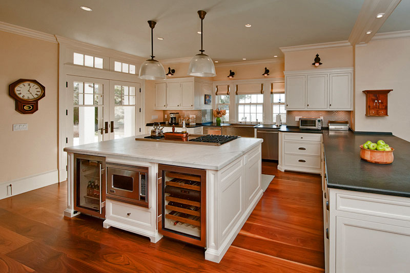 Toby leary fine woodworking new homes custom kitchens Cape cod style kitchen design